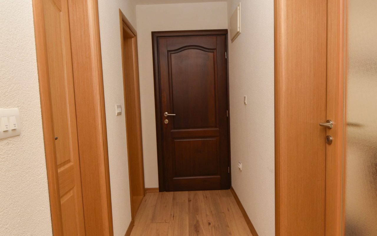 Apartment A2 hallway