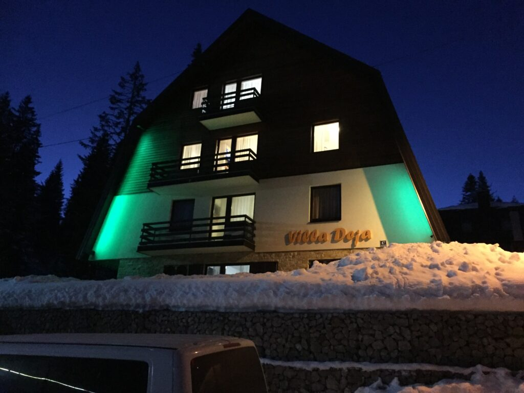 Villa Deja Winter
